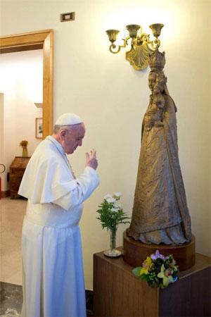 Bài giảng của Đức Thánh Cha: học hỏi nơi Đức Maria cách giữ lời Thiên Chúa