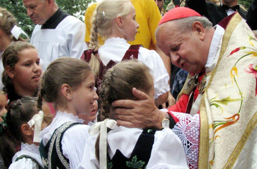 Bài giảng của Đức Hồng Y Stanislas Dziwisz, Tổng Giám Mục Krakow trong thánh lễ khai mạc Đại Hội Giới Trẻ Thế Giới