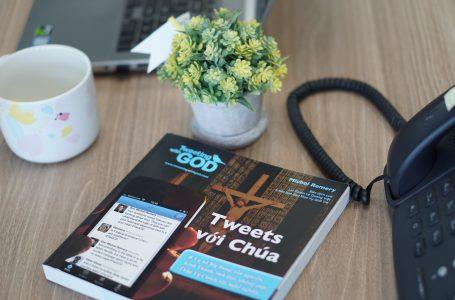 Tweets với Chúa, sách hay dành cho người trẻ