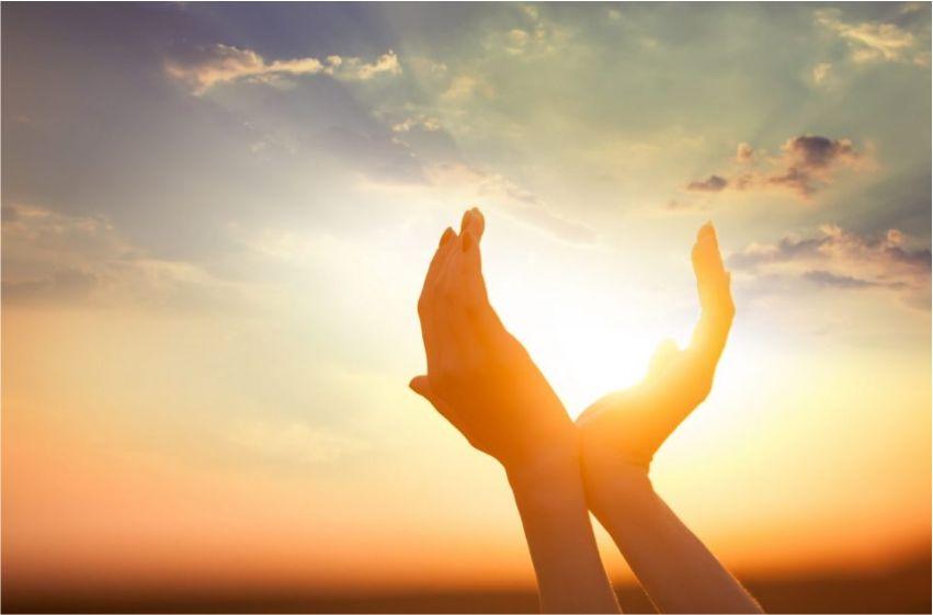 10 lý do bạn nên cầu nguyện vào buổi sáng